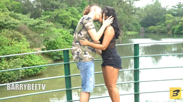 Girls Kissing Girls Comp